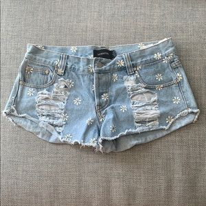 Minkpink shorts with Daisy's